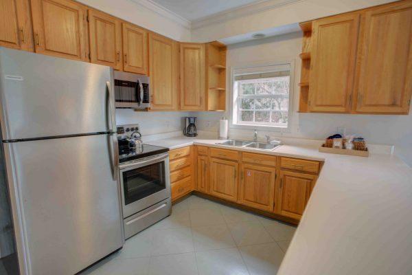 Jubilee Suites, Fairhope, AL- Camellia Kitchen
