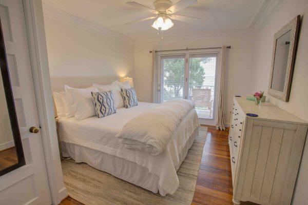 Jubilee Suites, Fairhope, AL- Magnolia Suite Bedroom