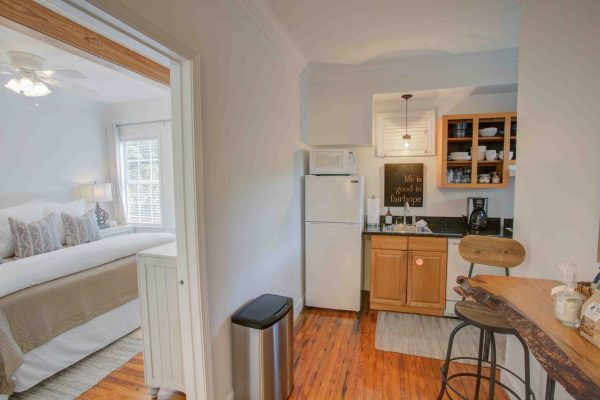 Jubilee Suites, Fairhope, AL- New Orleans Kitchen